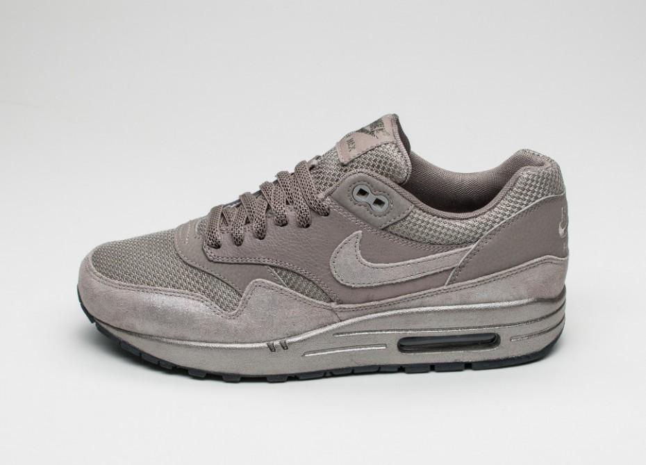 Женские кроссовки Nike Wmns Air Max 1 PRM (Iron Metallic Pewter Black)