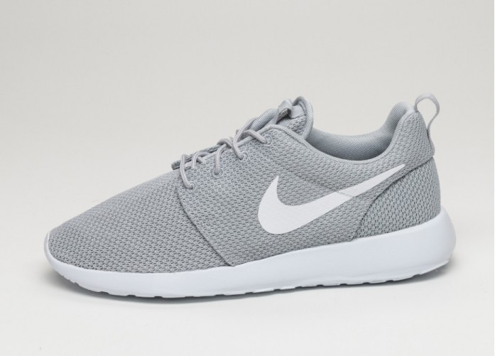 Женские кроссовки Nike Roshe One (Wolf Grey / White) | Интернет-магазин Sole