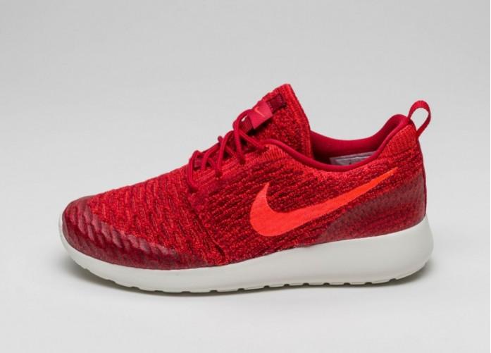 Мужские кроссовки Nike Wmns Roshe One Flyknit (Gym Red / Bright Crimson - Team Red - Sail)   Интернет-магазин Sole