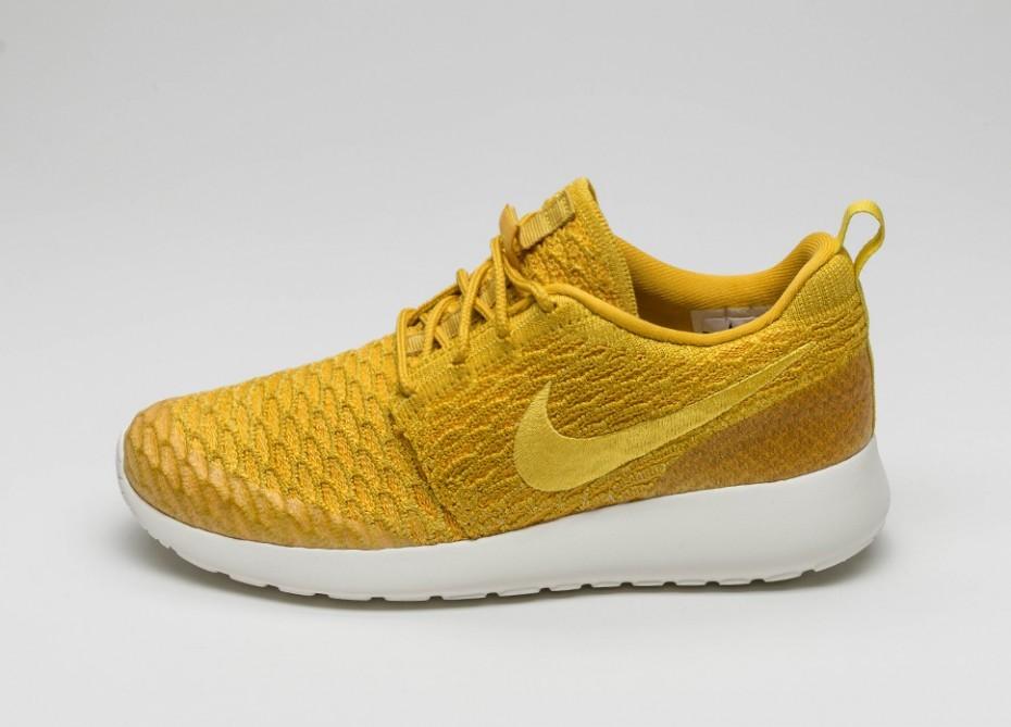 online store 0709b 74f22 Мужские кроссовки Nike Wmns Roshe One Flyknit (Gold Lead   True Yellow -  University Gold