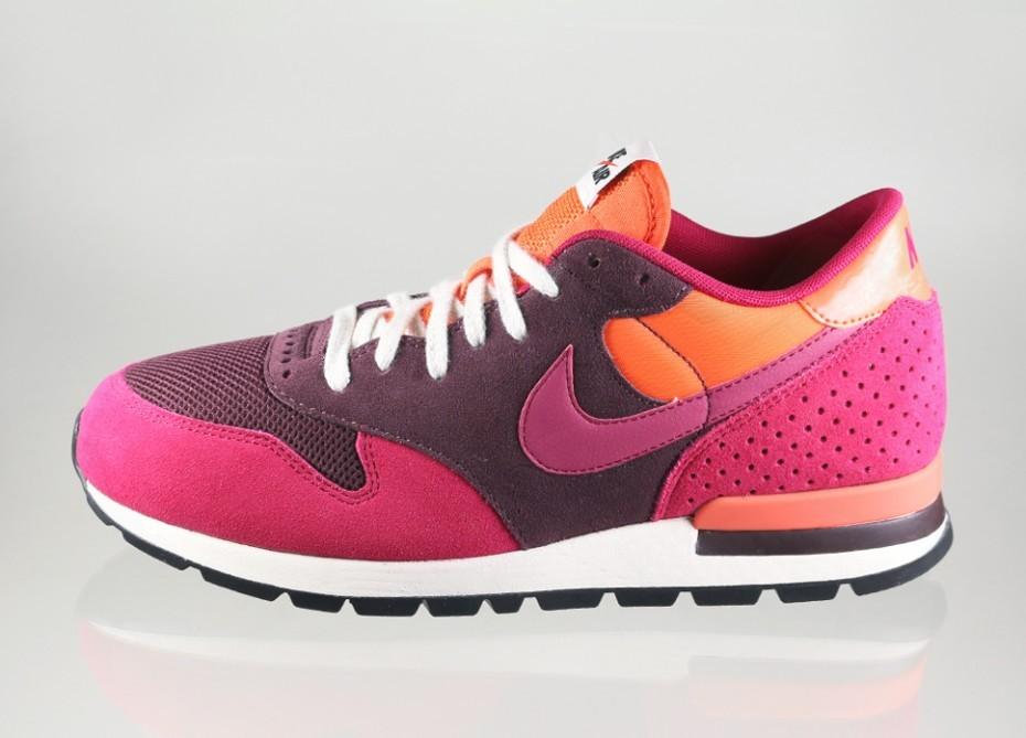 Женские кроссовки Nike Air Epic QS (Deep Burgundy   Dark Fireberry -  Electric Orange) d3f27b656