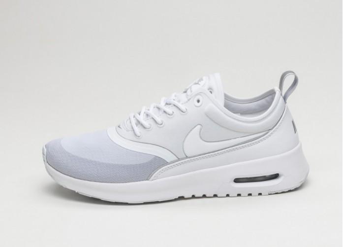 Женские кроссовки Nike Wmns Air Max Thea Ultra (White / White - Metallic Silver - Wolf Grey)   Интернет-магазин Sole