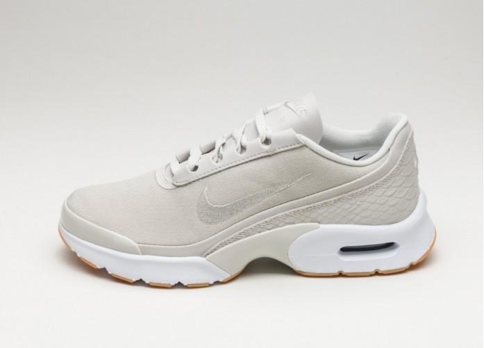 47c575f784 Женские кроссовки Nike Wmns Air Max Jewell SE (Light Bone / Light Bone - Gum