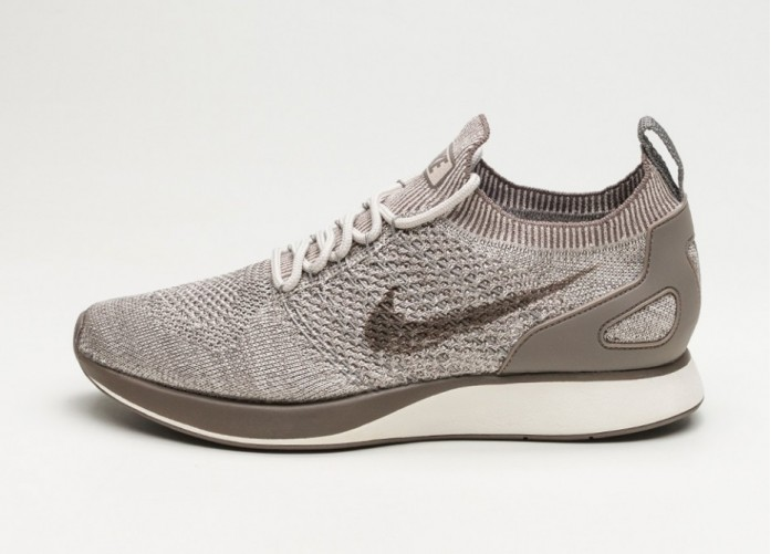 Женские кроссовки Nike Air Zoom Mariah Flyknit Racer (String / Dark Mushroom - Light Charcoal) - Women - Sneaker | Интернет-магазин Sole