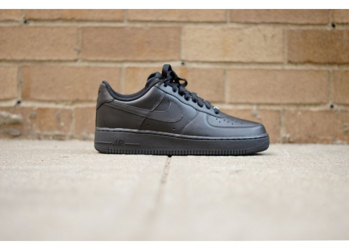 Мужские кроссовки Nike Air Force 1 07 Low - Black / Black | Интернет-магазин Sole