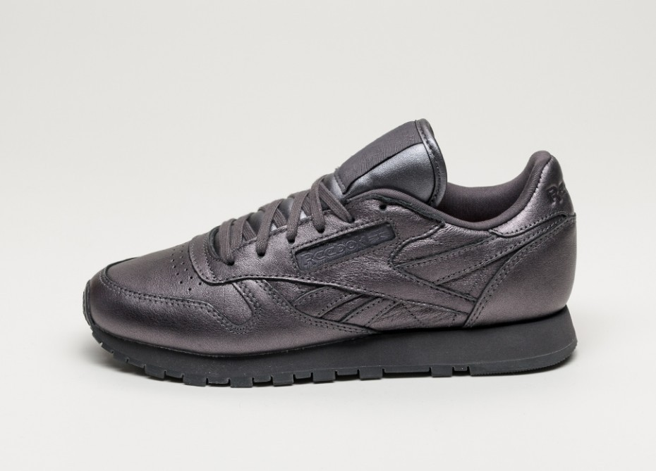 Женские кроссовки Reebok x Face Stockholm Classic Leather Spirit (Respect    Energy)  944f9fcaafcce