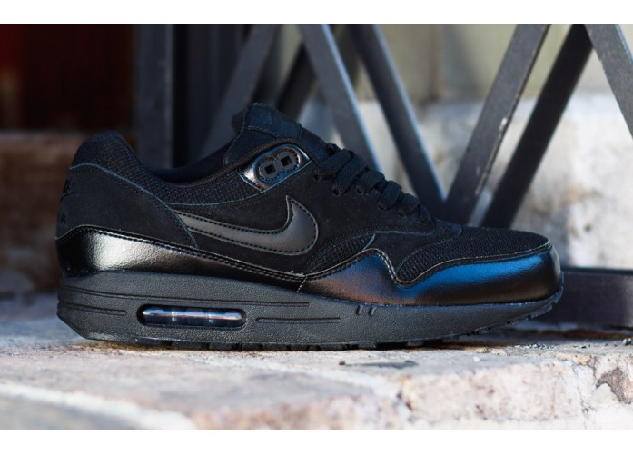 Мужские кроссовки Nike Air Max 1 Essential - Triple Black | Интернет-магазин Sole