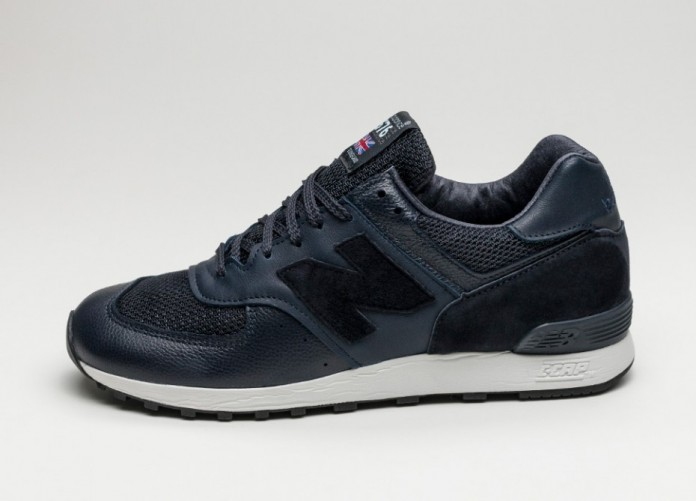 Мужские кроссовки New Balance M576LNN *Made in England* (Navy / Grey)   Интернет-магазин Sole
