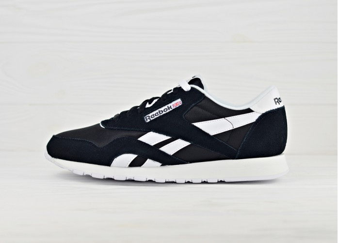 Мужские кроссовки Reebok Classic Nylon - Black / White | Интернет-магазин Sole