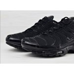 Мужские кроссовки Nike Air Max Plus - Triple Black, фото 3 | Интернет-магазин Sole