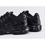 Мужские кроссовки Nike Air Max Plus - Triple Black, фото 4 | Интернет-магазин Sole