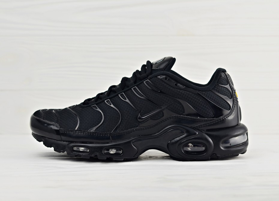 fa53ac4a Мужские кроссовки Nike Air Max Plus - Triple Black | Интернет-магазин Sole