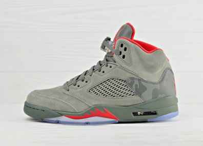 Nike Air Jordan 5 Retro Camo - Dark Stucco / University Red - River Rock