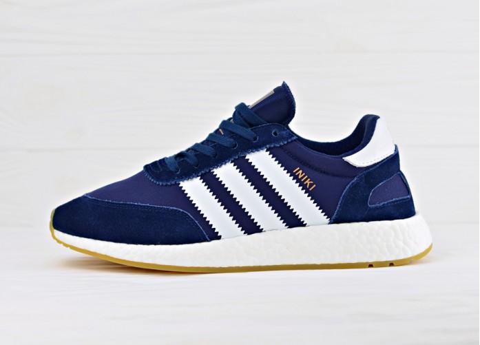 Мужские кроссовки Adidas Iniki Runner Boost - Collegiate Navy/Ftw White/Gum | Интернет-магазин Sole