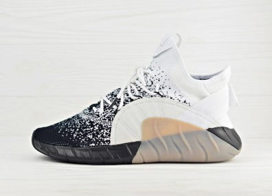 Кроссовки adidas Tubular Rise Primeknit - Running White/Core Black/Light Solid Grey