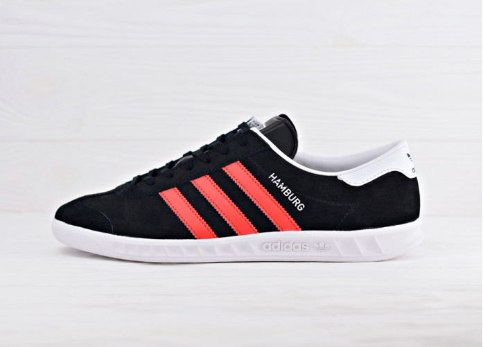 Мужские кроссовки adidas Originals Hamburg - Core Black/Red/Running White | Интернет-магазин Sole