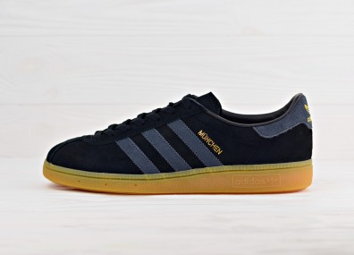 Мужские кроссовки adidas Originals Munchen - Core Black/Dark Grey/Gum