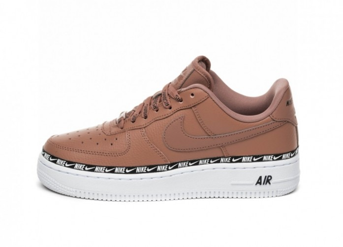 Кроссовки Nike Wmns Air Force 1 '07 SE PRM (Desert Dust / Desert Dust - Black - White) | Интернет-магазин Sole