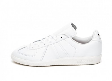 Кроссовки adidas x Oyster BW Army (Ftwr White / Off White / Core Black)