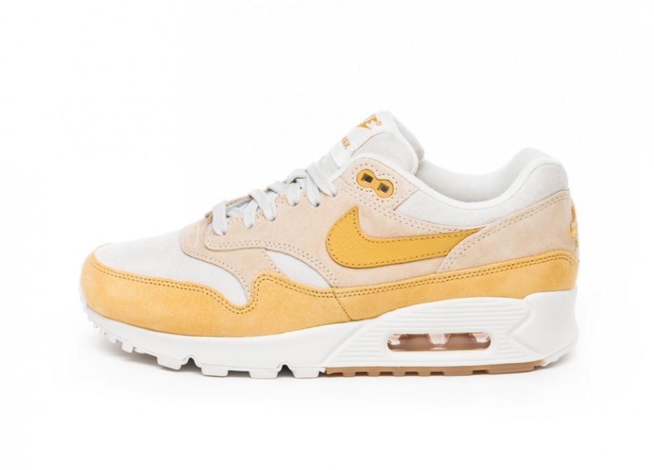4384b028f32d7 Кроссовки Nike Wmns Air Max 90/1 (Guava Ice / Wheat Gold - Summit ...