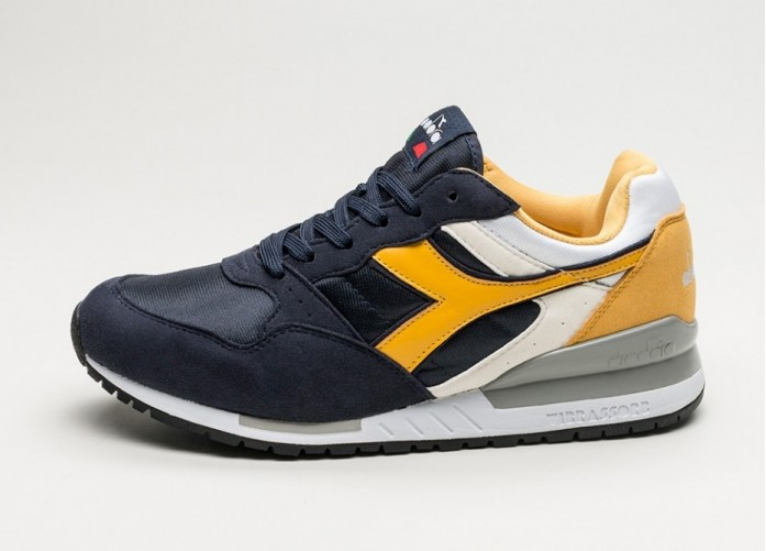 Мужские кроссовки Diadora Intrepid NYL (Dark Blue / Yellow / White) | Интернет-магазин Sole
