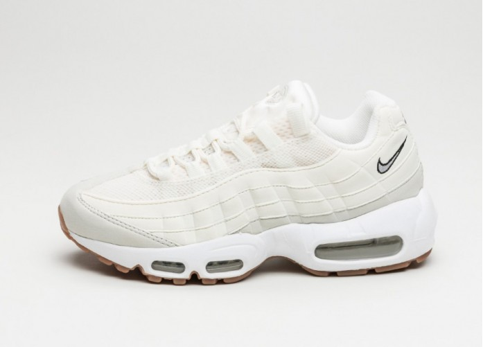 Женские кроссовки Nike Wmns Air Max 95 (Sail / Light Bone - Light Bone - Gum Med Brown) | Интернет-магазин Sole