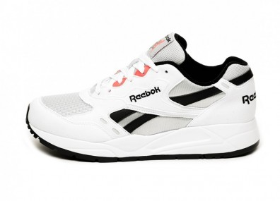 Кроссовки Reebok Bolton Essential MU (White / Skull Grey / Black)