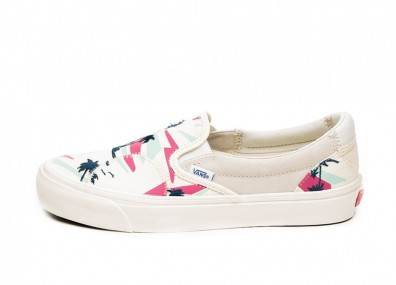 Кроссовки Vans Vault Classic Slip-On Bricolage LX *Embroidered Palm* (Classic White / Multi / Marshmallow)
