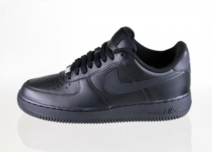 Мужские кроссовки Nike Air Force 1 \'07 (Black / Black) | Интернет-магазин Sole
