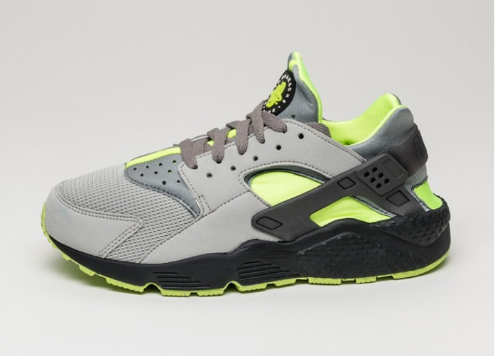 Мужские кроссовки Nike Air Huarache (Dust / Volt - Black - Medium Ash) | Интернет-магазин Sole