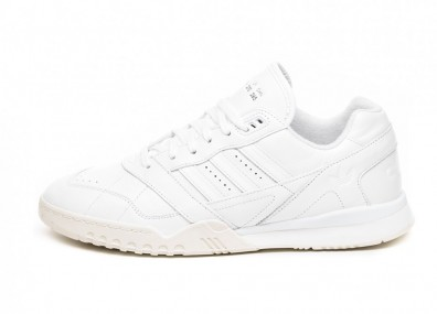 Кроссовки adidas AR Trainer *Home of Classics* (Ftwr White / Ftwr White / Off White)