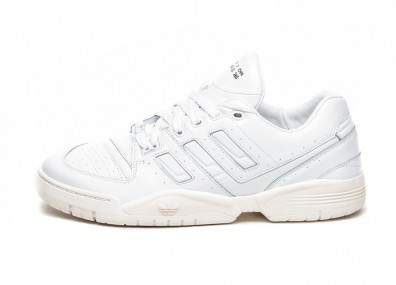 Кроссовки adidas Torsion Comp *Home of Classics* (Ftwr White / Ftwr White / Off White)