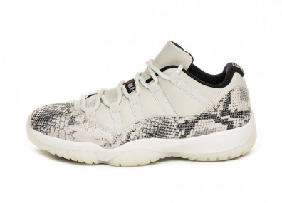 Кроссовки Nike Air Jordan 11 Retro Low LE *Snakeskin Light Bone* (Light Bone / University Red - Sail - Black)