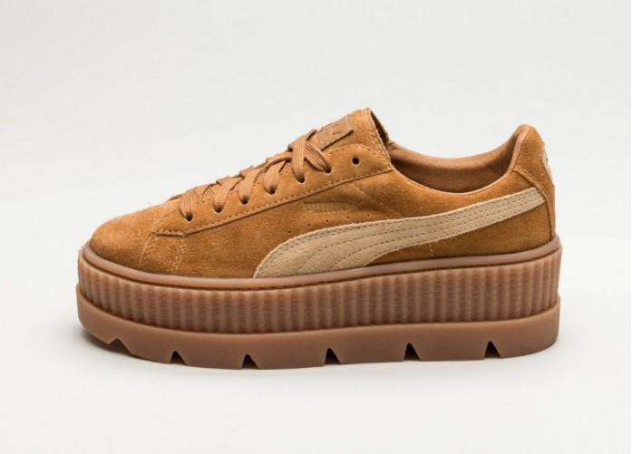 Мужские кроссовки Puma x Fenty Cleated Creeper Suede (Golden Brown / Lark) | Интернет-магазин Sole