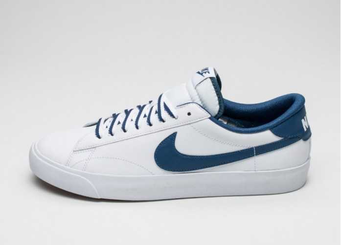 Мужские кроссовки Nike Tennis Classic AC (White / Coastal Blue - Gum Mid Brown) | Интернет-магазин Sole
