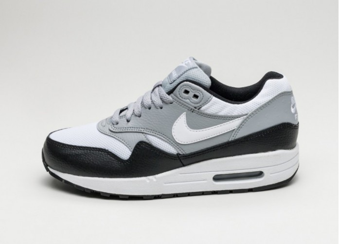 Женские кроссовки Nike Wmns Air Max 1 PRM (Black / White - Wolf Grey) | Интернет-магазин Sole
