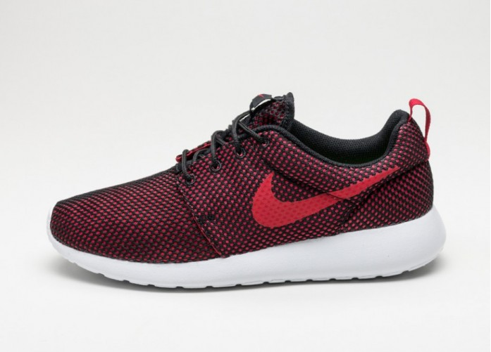 Мужские кроссовки Nike Roshe One (Gym Red / Gym Red - Black - White) | Интернет-магазин Sole