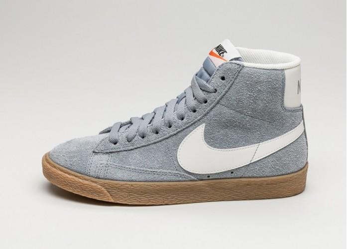 Женские кроссовки Nike Wmns Blazer Mid Suede Vntg (Stealth / Ivory) | Интернет-магазин Sole