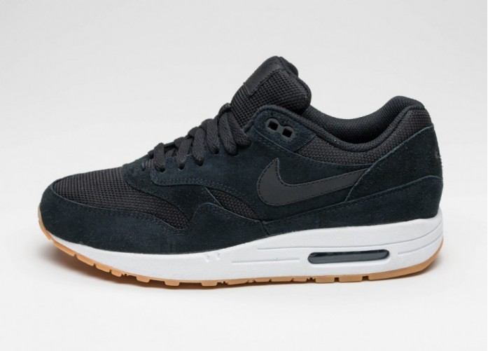 Мужские кроссовки Nike Air Max 1 Essential (Black / Black - White - Gum Yellow) | Интернет-магазин Sole