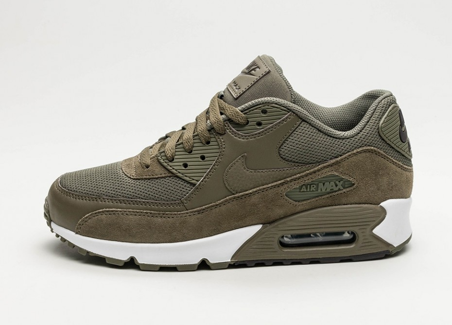 1f221dfa Мужские кроссовки Nike Air Max 90 Essential (Medium Olive / Medium Olive -  Velvet Brown