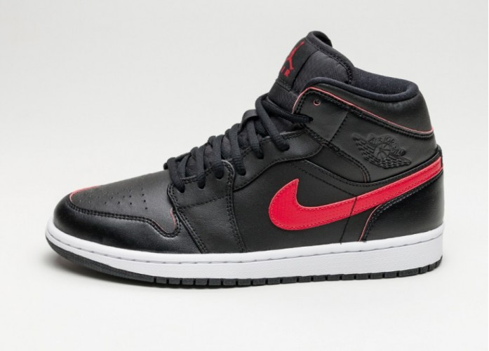 Мужские кроссовки Nike Air Jordan 1 Mid (Black / Team Red - Team Red - White) | Интернет-магазин Sole