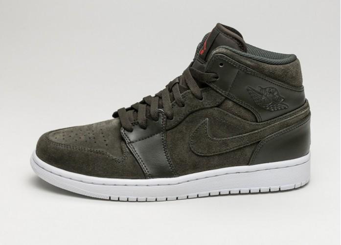 Мужские кроссовки Nike Air Jordan 1 Mid (Sequoia / Max Orange - White)   Интернет-магазин Sole