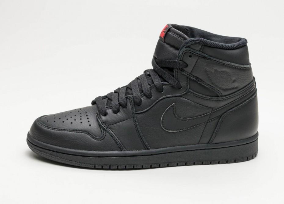 Мужские кроссовки Nike Air Jordan 1 Retro High OG (Black   University Red)   e92334a55b4