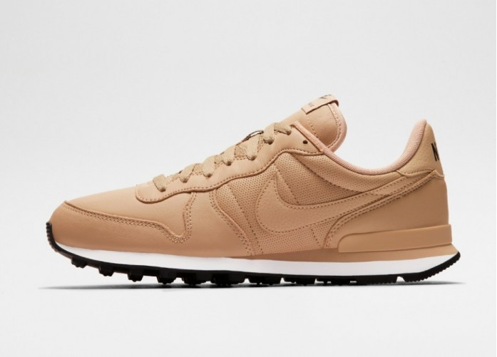 Мужские кроссовки Nike Internationalist (Mushroom / Black - Sail) | Интернет-магазин Sole