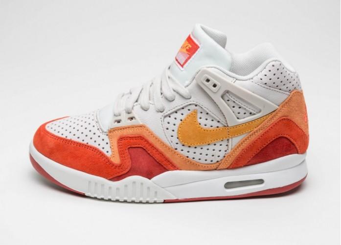 Мужские кроссовки Nike Air Tech Challenge II QS (Light Bone / Laser Orange - Cinnebar - Summit White) | Интернет-магазин Sole