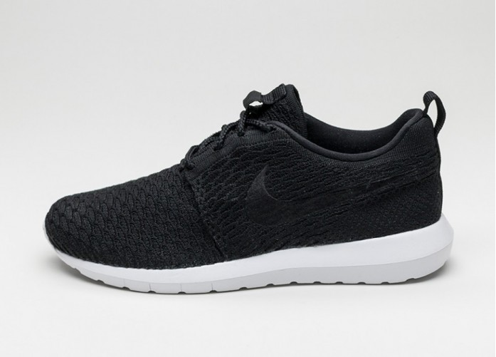 Мужские кроссовки Nike Roshe NM Flyknit (Black / Black - White) | Интернет-магазин Sole