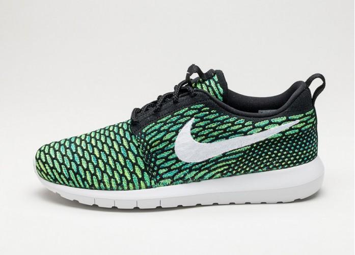 Мужские кроссовки Nike Roshe NM Flyknit (Black / White - Voltage Green - Volt) | Интернет-магазин Sole