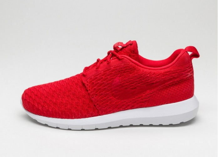 Мужские кроссовки Nike Roshe NM Flyknit (University Red / University Red - White) | Интернет-магазин Sole