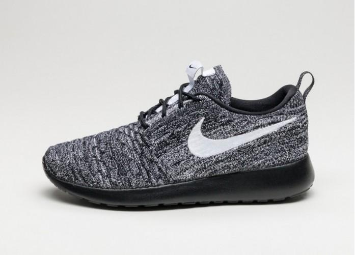 Мужские кроссовки Nike Wmns Roshe One Flyknit (Black / White) | Интернет-магазин Sole