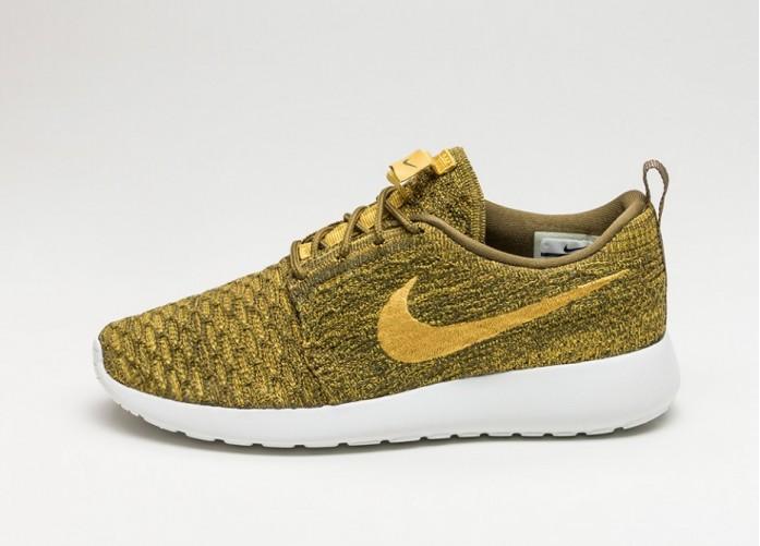 Женские кроссовки Nike Wmns Roshe One Flyknit (Olive Flak / Gold Lead - Sequoia - Sail) | Интернет-магазин Sole